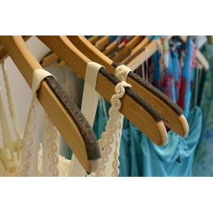 Self-Sticking Foam Non-Slip Hanger Strips